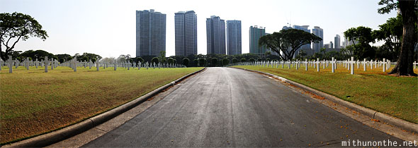 Manila American war cemetery memorial road panorama