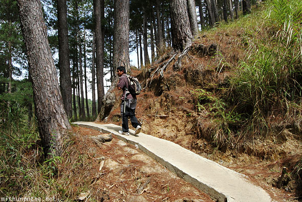 Sagada way to Lumiang cave guide