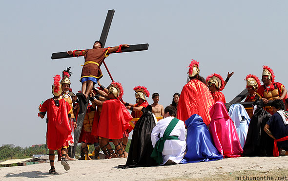 San Pedro Cutud lenten rites crucifixion reenactment raising cross Philippines