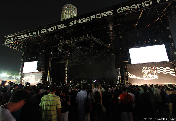 2011 Singapore grand prix concert stage