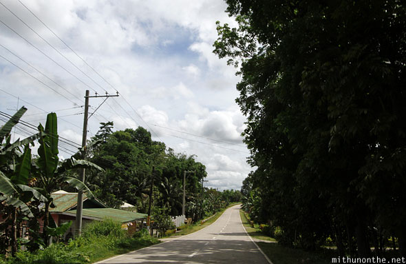 Carmen road to Chocolate hills Bohol