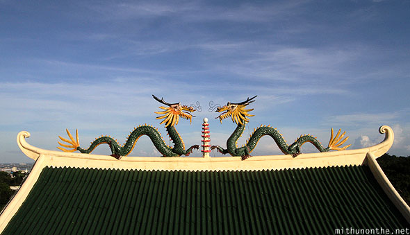 Philippine Taoist temple dragon statues roof Cebu