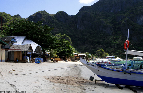 El Nido beach anchored boat Palawan Philippines