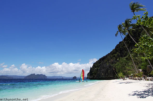 Entalula beach El Nido beautiful Palawan Philippines
