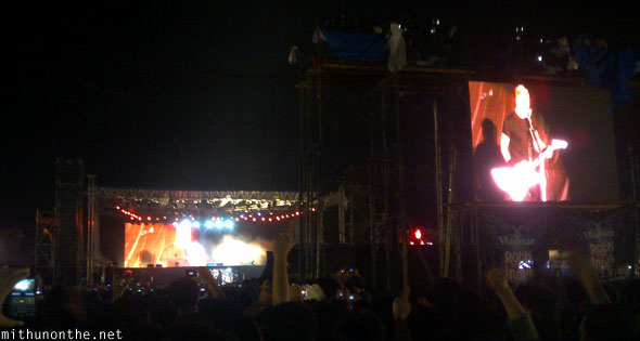 Metallica James Hetfield screen Bangalore concert
