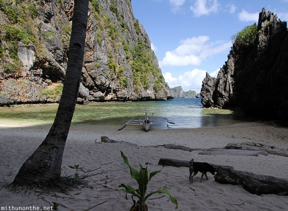 Secret beach miniloc island El Nido Palawan Philippines