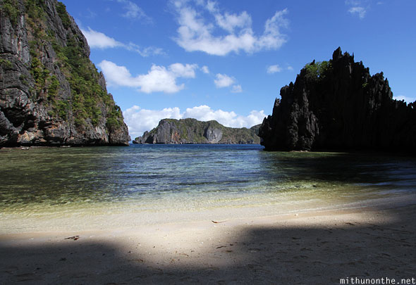 Secret beach shadow miniloc island El Nido Palawan