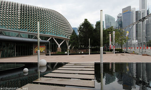 Esplanade theatres by the bay cbd Singapore
