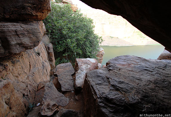 Gap under rocks Gandikota gorge