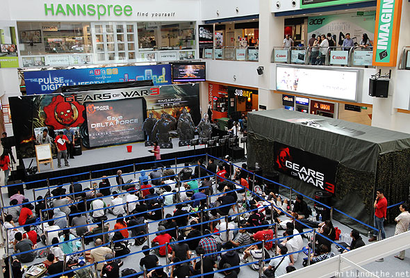 Gears of War 3 Singapore release Funan IT hall