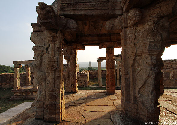 Ranganatha swami temple pillars art carvings Gandikota
