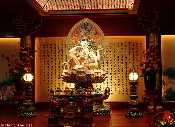 Buddha tooth relic temple idol statue Singapore