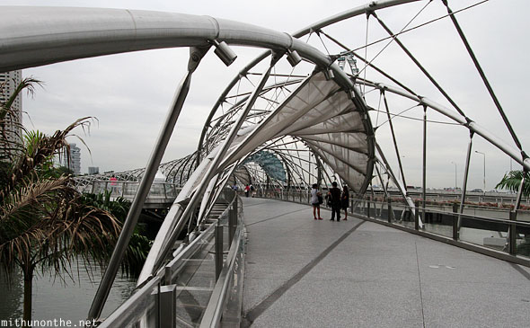 Helix bridge Marina Bay Singapore