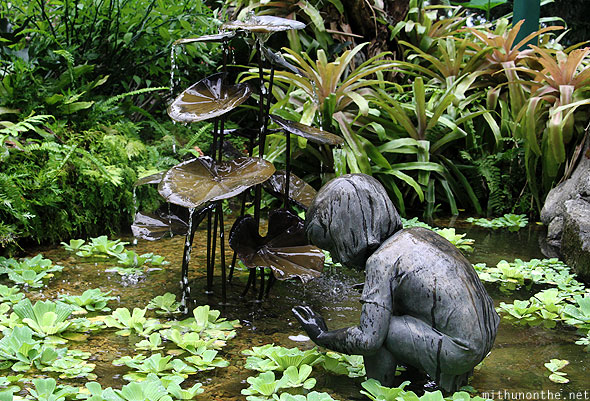Little girl pond sculpture Singapore botanic garden