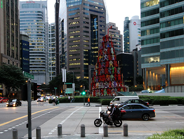 Marina Bay traffic signal people tree Singapore