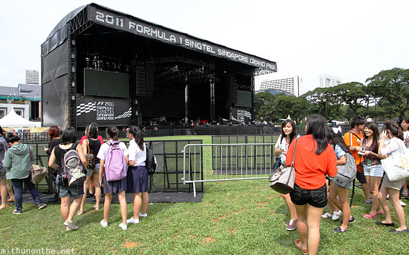 Singapore F1 concert stage friday Padang grounds