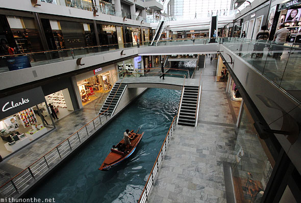 Singapore Marina Bay Sands mall Venetian gondola boats