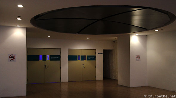 Way to Esplanade theatres underpass