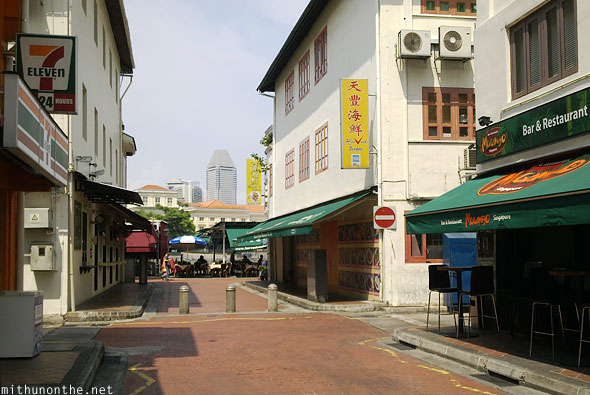 Back alley pubs boat quay Singapore