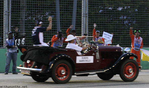 Rubens Barrichello drivers parade Singapore F1