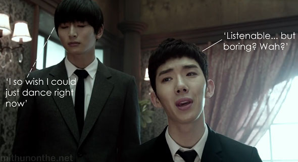 2AM I Wonder If You Hurt Like Me MV screencap