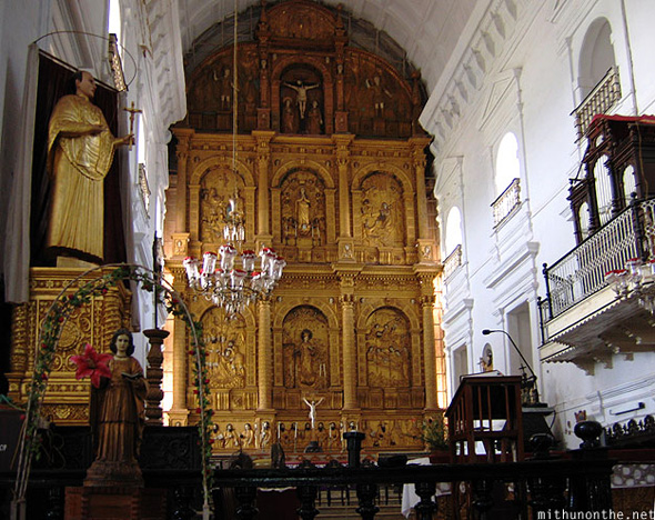Se Cathedral altar Portuguese church interiors