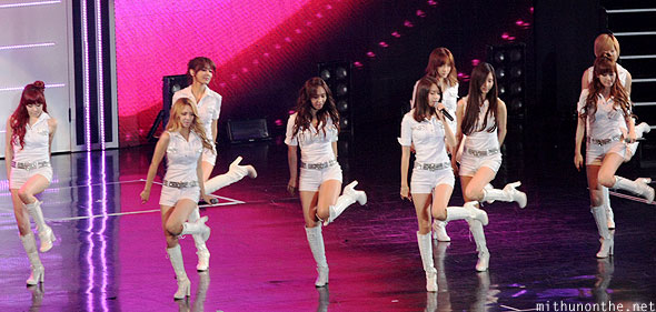 Girls Generation leg dance Macau