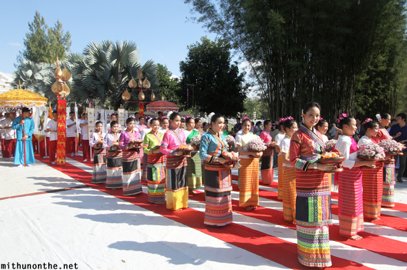 Yeepeng Lanna ceremony Thai girls