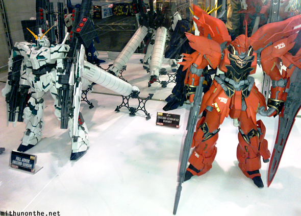 Gundam mecha robots model Hong Kong