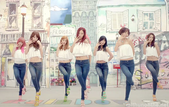 Rainbow Tell Me Tell Me dance outfits mv screencap