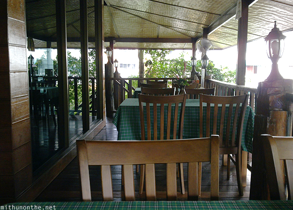 Chaba Hut resort restaurant