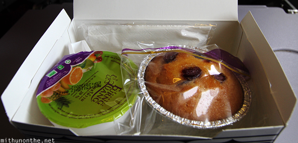 Cupcake fruit juice Thai Airways flight