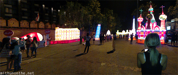 Thapae Gate Loi Krathong lanterns