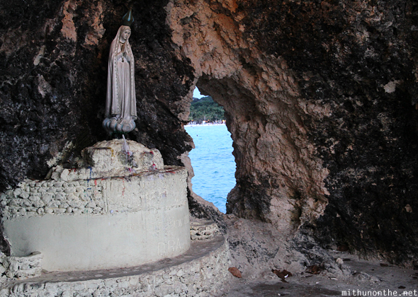 Mary statue Boracay tunnel