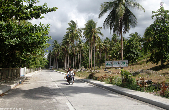 Donsol beach road Philippines