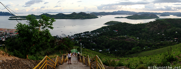 Tapyas hill steps Coron Panorama