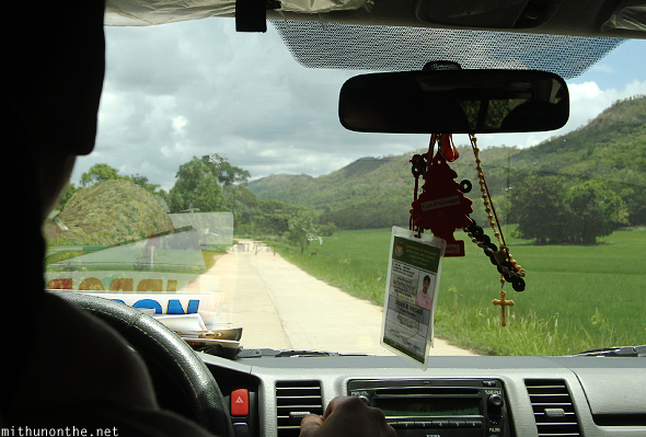 Driving Coron island airport road