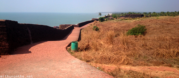 Wall Bekal fort walk path Kerala