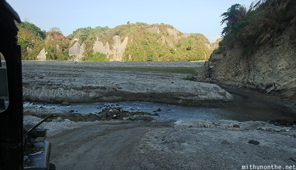 4x4 river Mt. Pinatubo tour