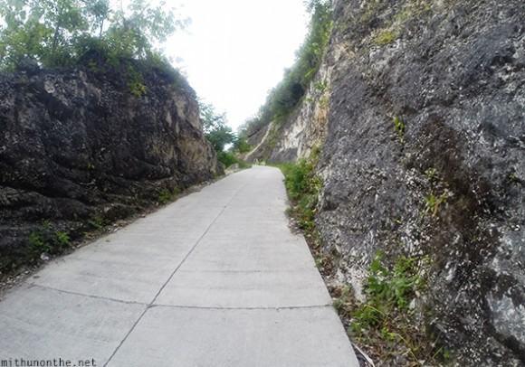 Steep climb Tumalog hill road