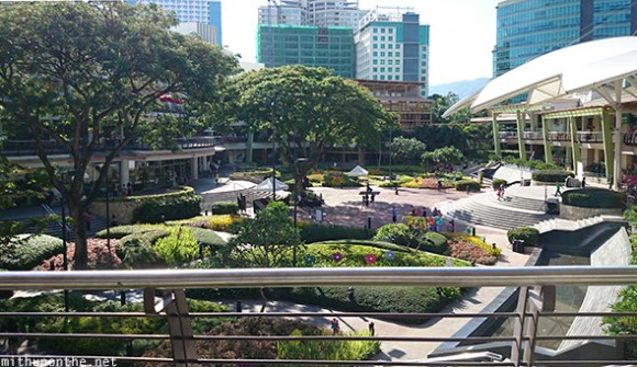 Ayala Center mall Cebu garden