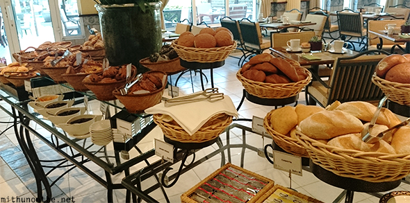 Breads Radisson Blu breakfast buffet