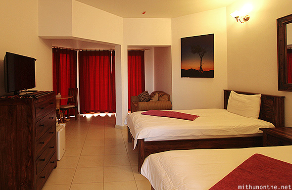 Jebel Shams Resort twin room Oman