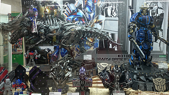 Transformers figures limited edition Kotobukiya